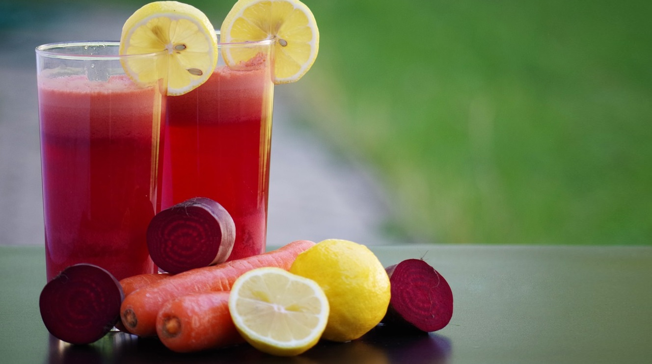 Homemade Beets and Carrots Drink for Improved Circulation