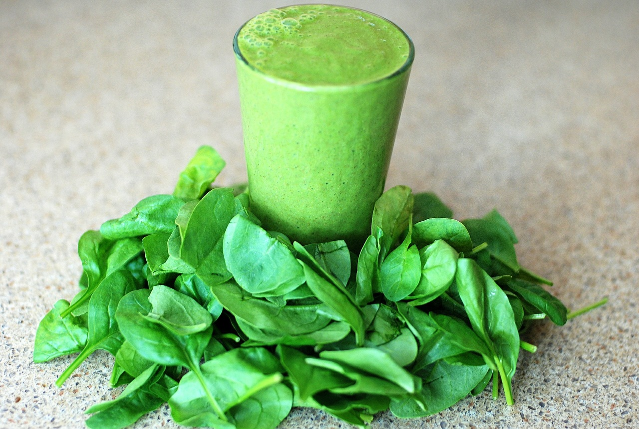 5 Spinach Smoothies to Help you Lose Weight and Cleanse your Skin