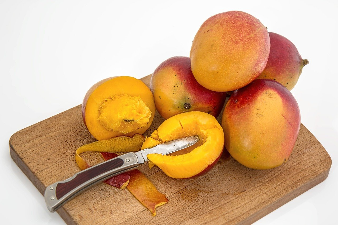 Mangoes: Natural Weight-Loss Food