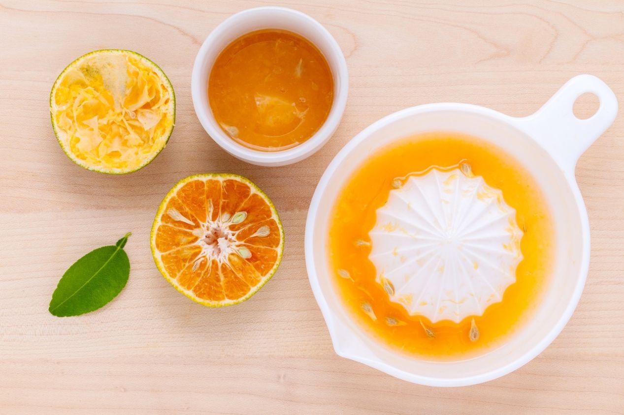 Your Perfect Morning Elixir: Lemon Water and Turmeric