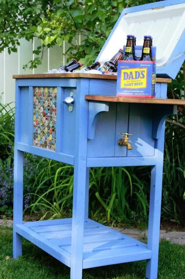 14 diy outdoor coolers for a refreshing summer partying ritely. Black Bedroom Furniture Sets. Home Design Ideas