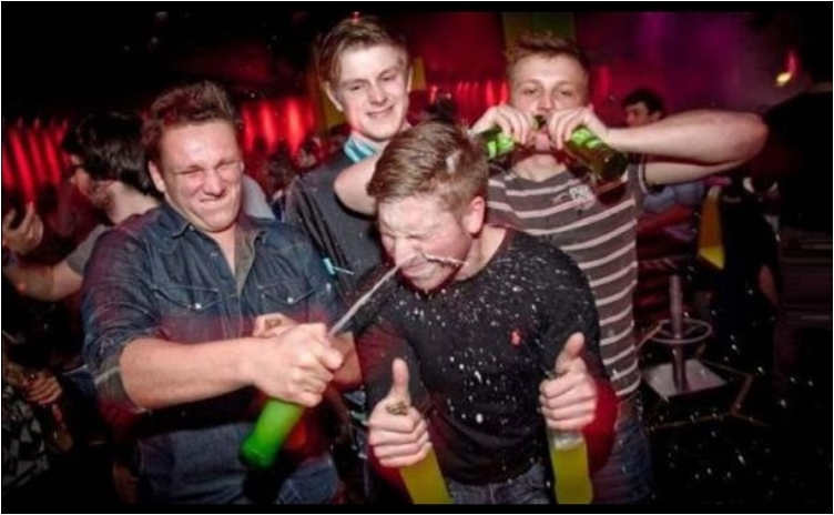 35 Embarrassing Moments That Can Only Happen In Night Clubs
