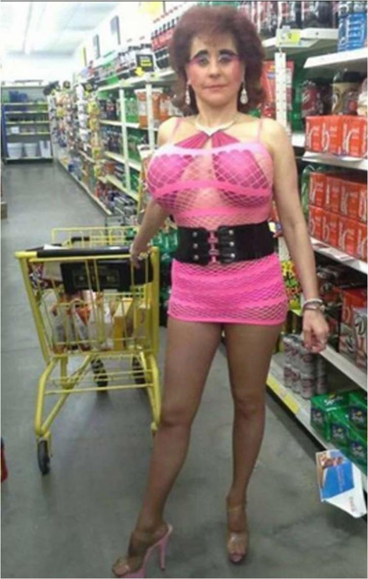 45 Of Not Even The Weirdest People Seen In Walmart