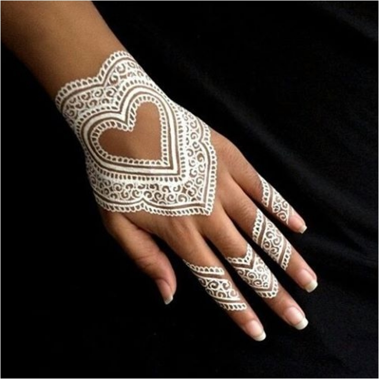 43 Eye Catching White Henna Tattoos You Must Try Ritely