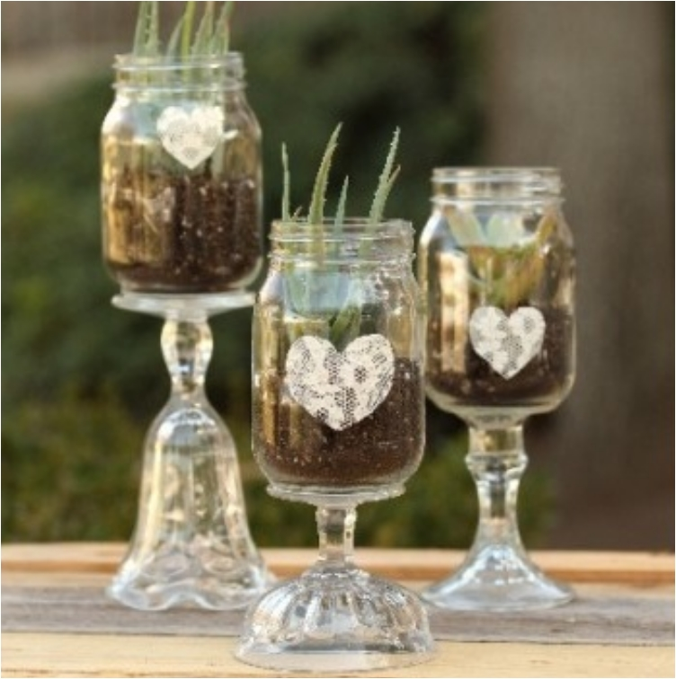 Mason Jar Balloon Centerpiece : Thrifty mason jar centerpieces that look simply amazing