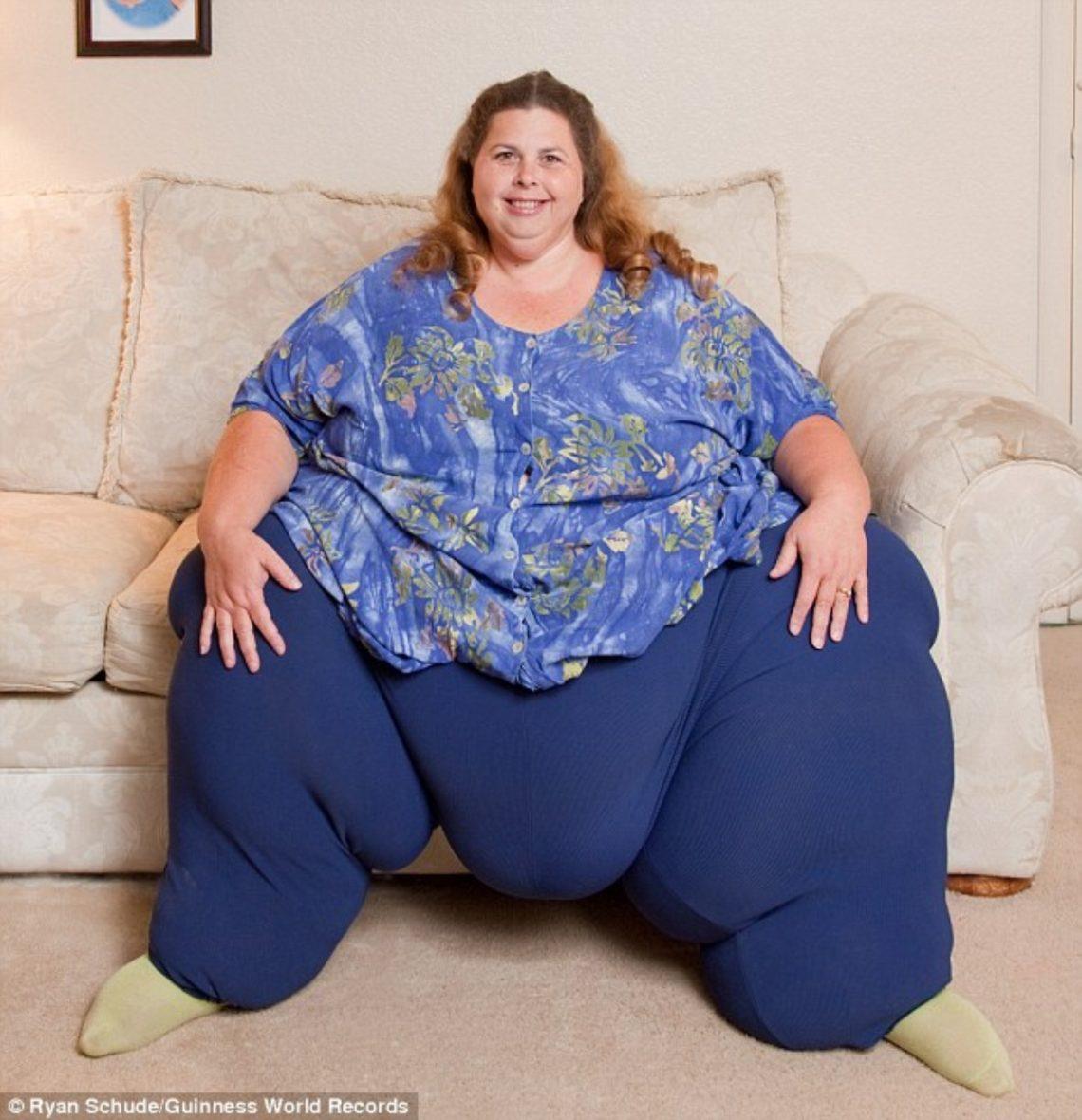 зараженных территориях очень толстые жирные женщины фото стене жёлтым