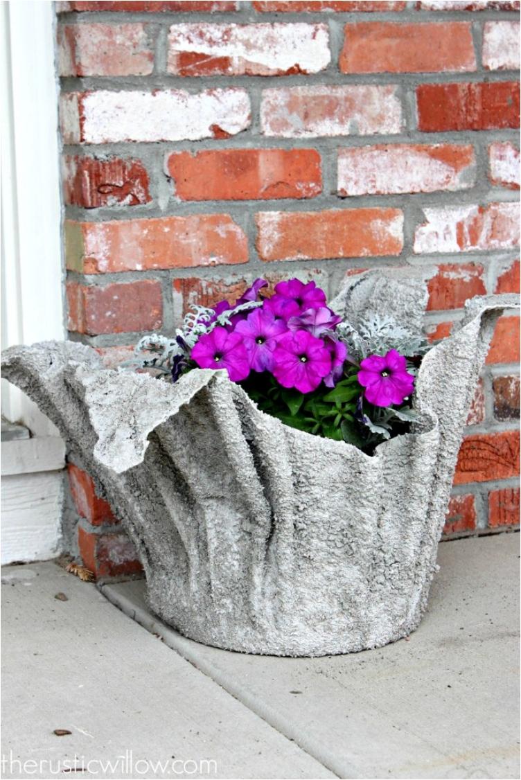 Уличные вазоны своими руками: деревянные, бетонные, фото 381