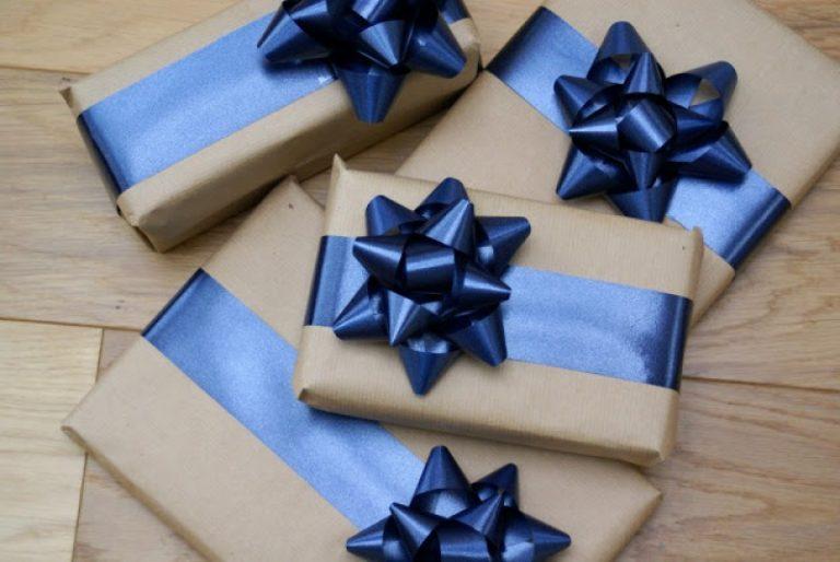 Как собрать бант на подарок