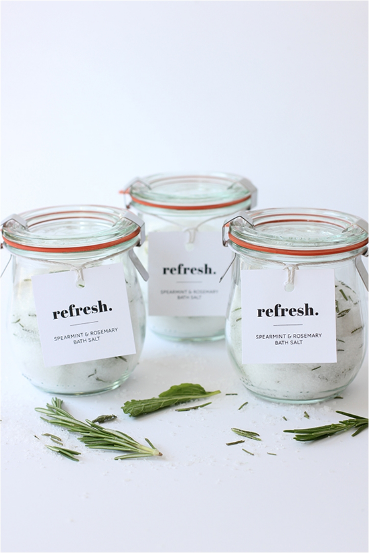 35 Mason Jar Gifts You Can Easily Put Together