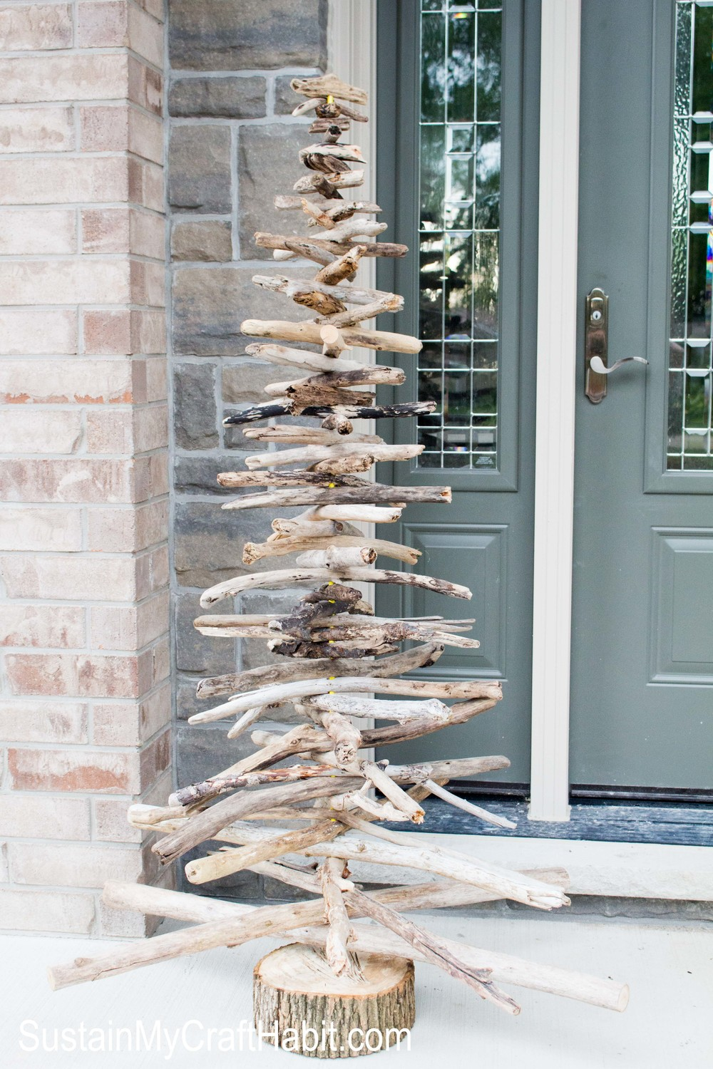 Festive ideas for outdoor christmas decorations ritely