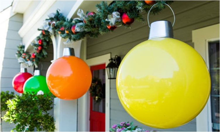 diy giant door ornament 24 festive ideas for outdoor christmas decorations