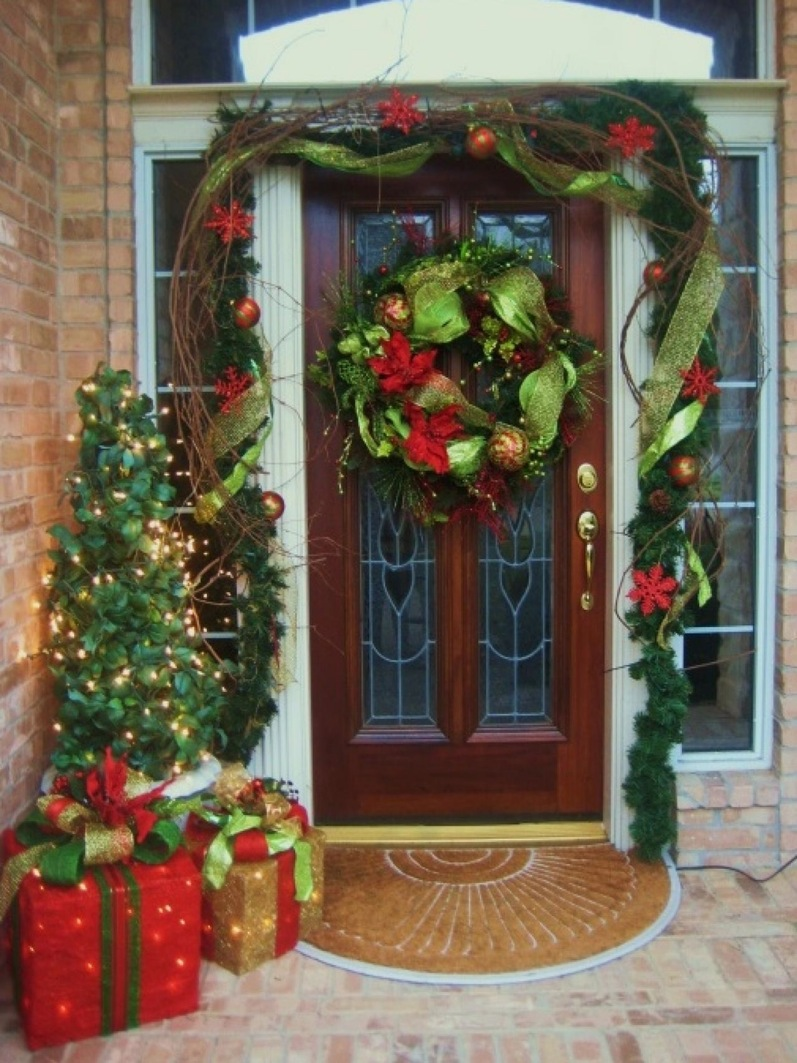24 festive ideas for outdoor christmas decorations ritely Outdoor christmas decorations designs