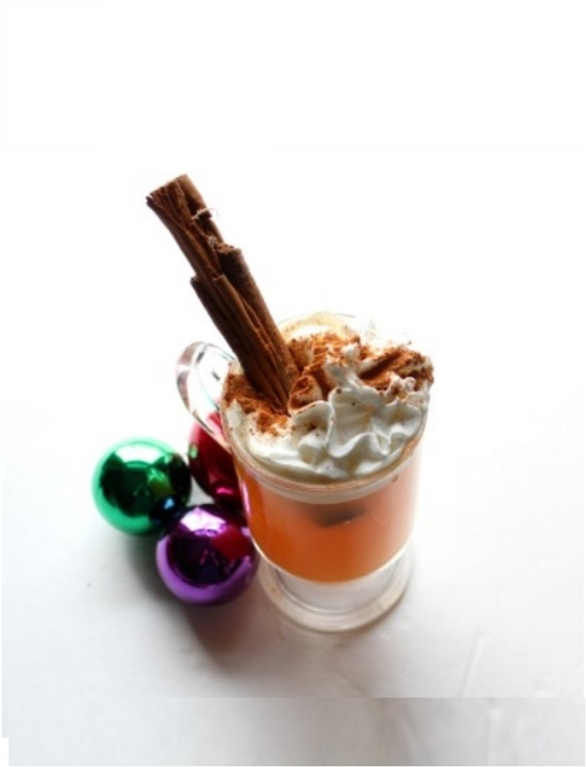 Cheer in the Holiday Season with 31 Jolly Christmas Drinks