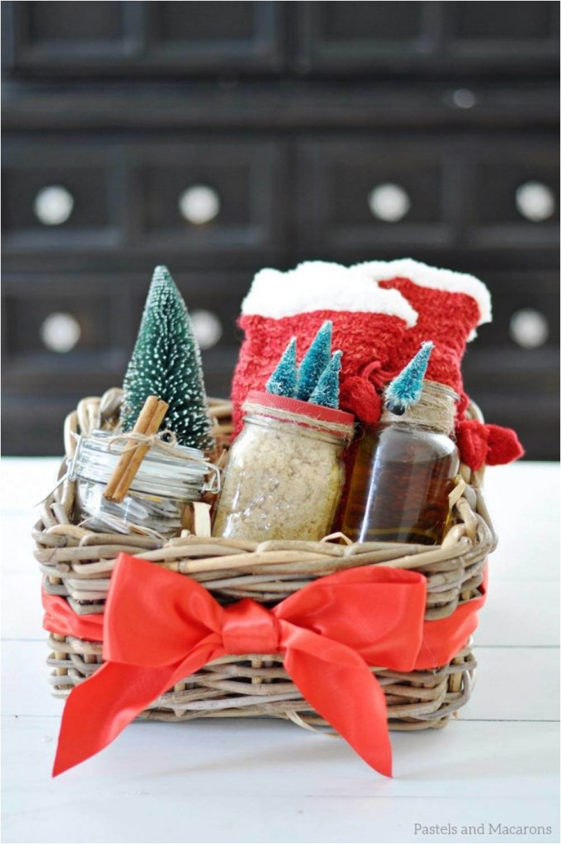 30 Thoughtful Gifts You Can Easily Make for Christmas