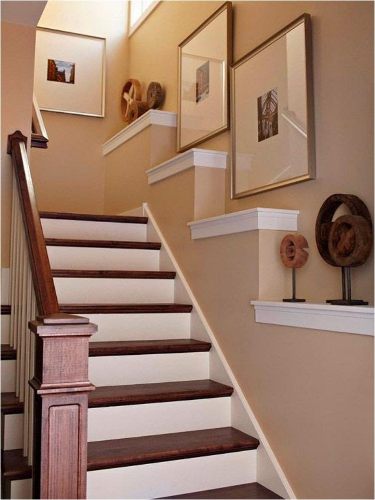 Дизайн стены с лестницей фото