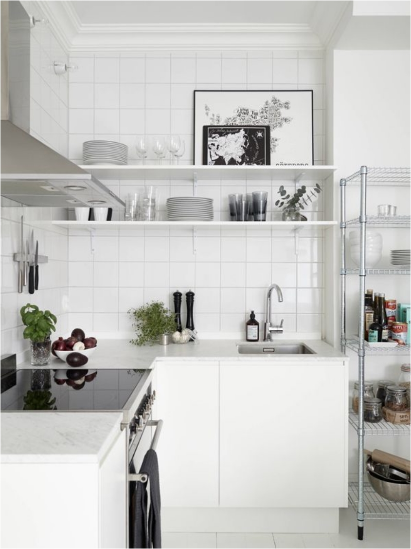Merveilleux Small L Shaped Kitchen With Shelving