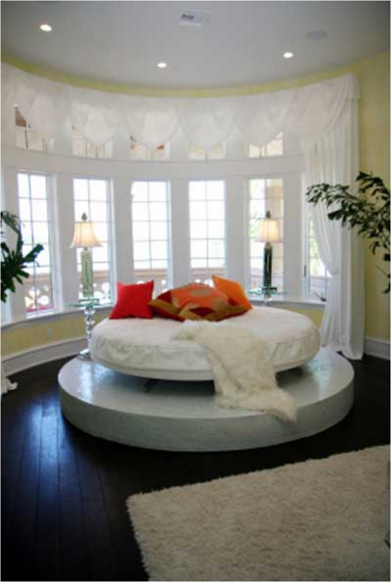 38 Round Bed Designs That Are Out of This World