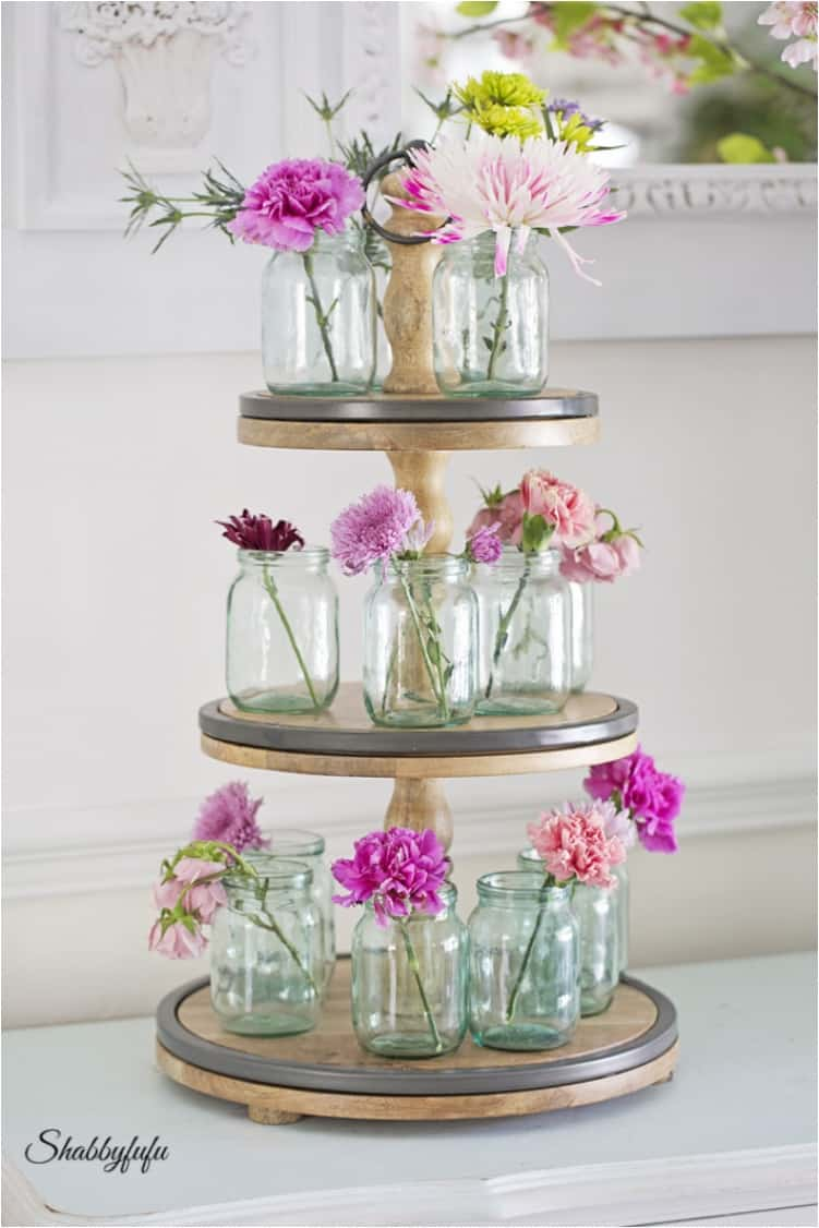 22 Lovely DIY Floral Centerpieces to Welcome Spring - Ritely