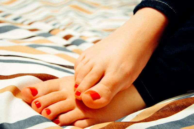 Reduce Bunions Naturally and Surgery-free