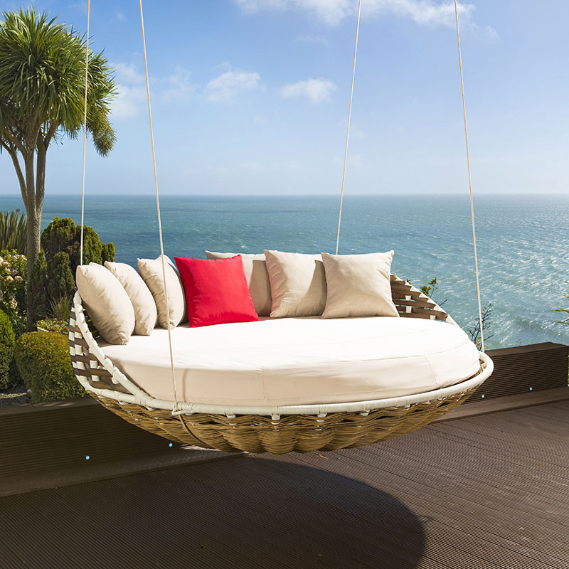Amazing Wicker Hanging Round Bed