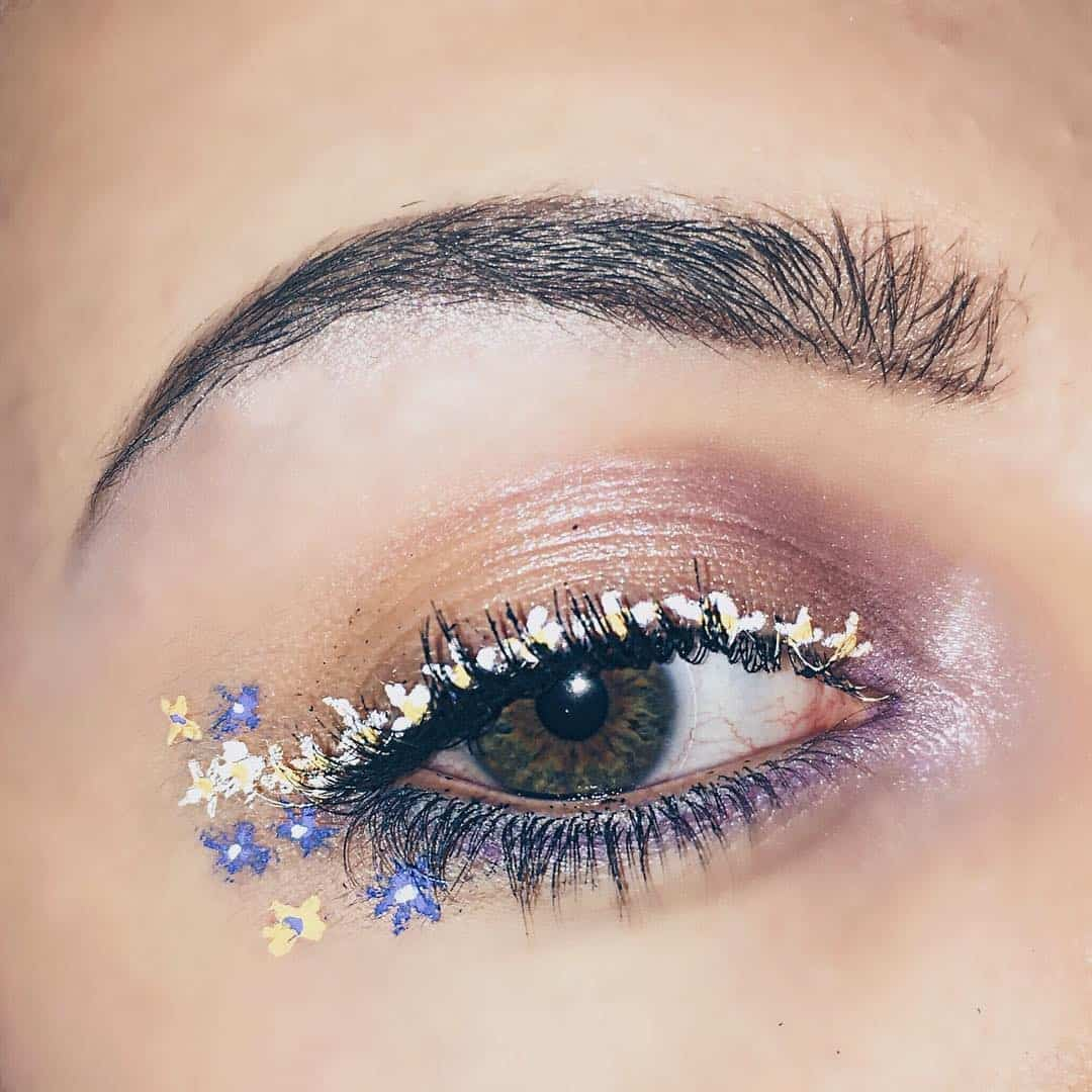 Paint a Bouquet on Your Eyes: 23 Beautiful Floral Eyeliners
