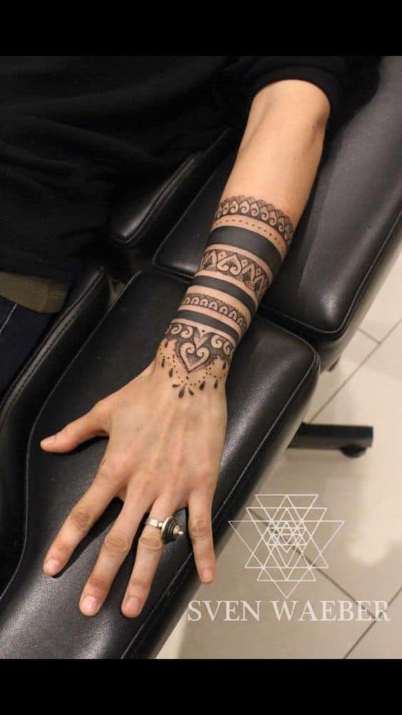 Mandala Tattoo: Its Meaning and 30 Popular Designs