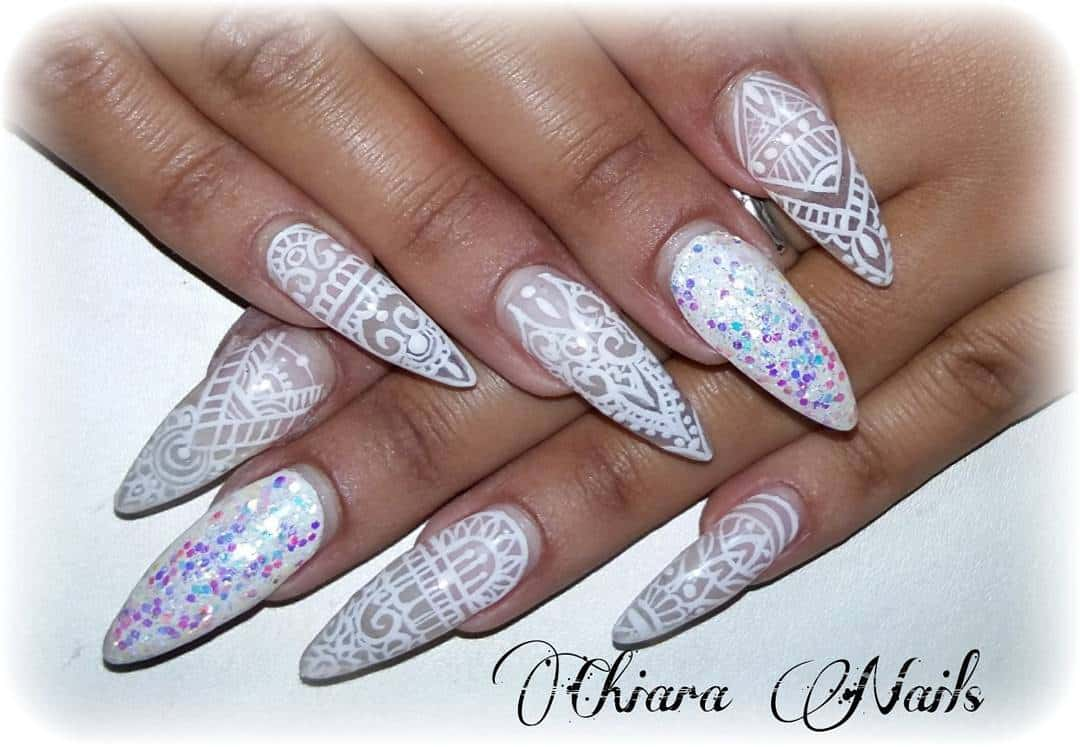 27 Lovely And Extravagant Clear Nail Designs