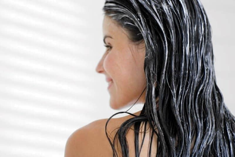 How to Make Hair Soft with Natural Remedies