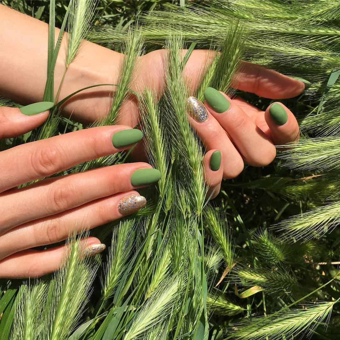 28 Pretty Playful Nail Designs To Look Cool In Summer