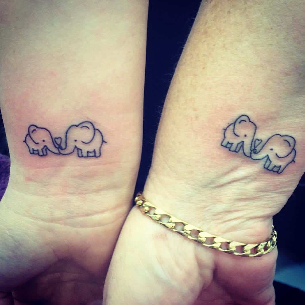 Cute Mother Daughter Affectionate Tattoos: 33 Mother-Daughter Tattoos Marking An Unbreakable Bond