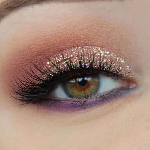 25 Metallic Makeup Ideas For Your Fall Look