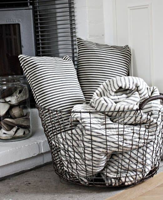 17 Creative And Practical Ways To Store Pillows
