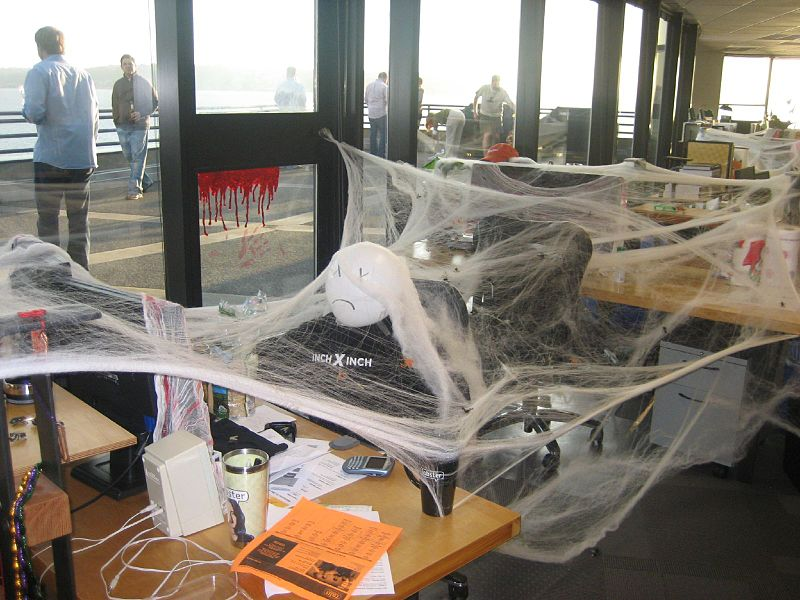 22 April Fools Pranks to Make the Day Memorable at the Office
