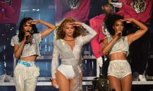 Beyonce Falls Trying to Lift Sister on Coachella 2 Stage and it was Ironically Adorable!