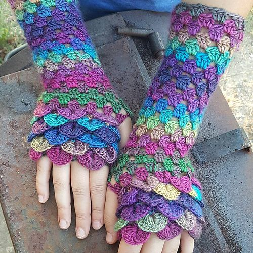 Dragon Gloves: More than Just a Winter Warm Up Accessory