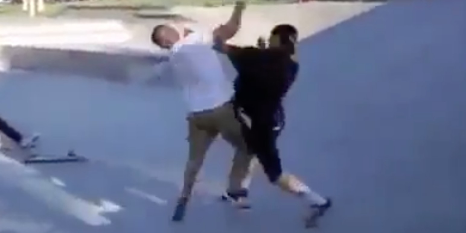 Bully Fights Skater Half His Size: What Happened Next Will Leave You Open-Mouthed