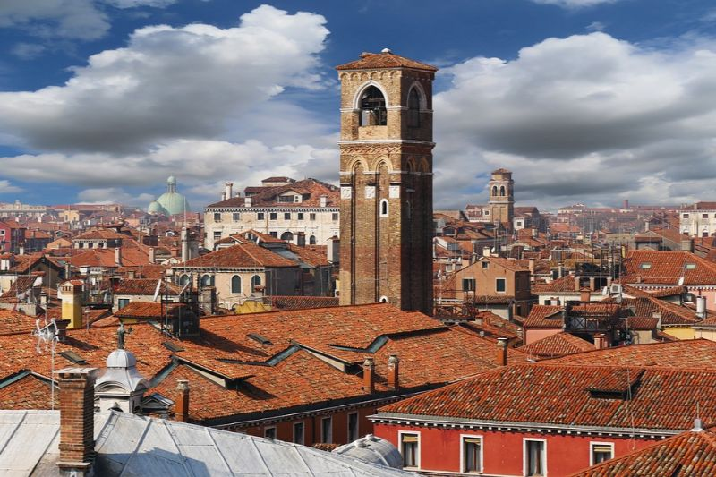 Meet the town of Acciaroli, where 1 in 10 residents are over 100 years old