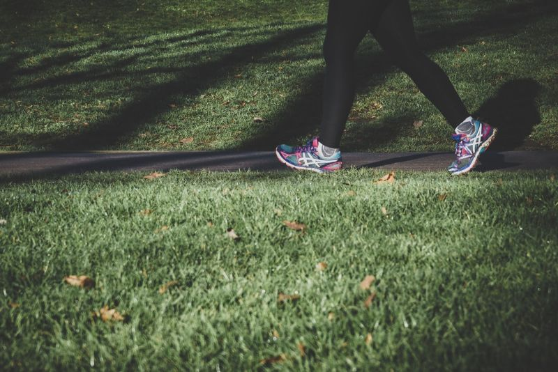 Good News: These Great Benefits Just By Walking Every Day Will Improve Your Health