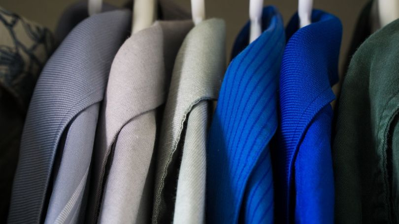 How to Organize Clothes in Closet by Color – Cracking the Color Code