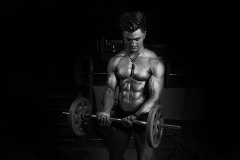 What Not to Wear to the Gym – 10 Things Men Need to Stop Wearing at the Gym