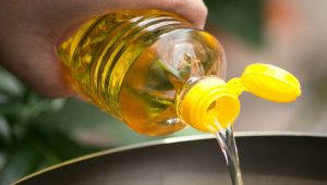 Substitutes for Vegetable Oil: How to Bake and Cook without Vegetable Oil